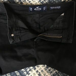 Hollister mom jean Ultra-High rise size 0.